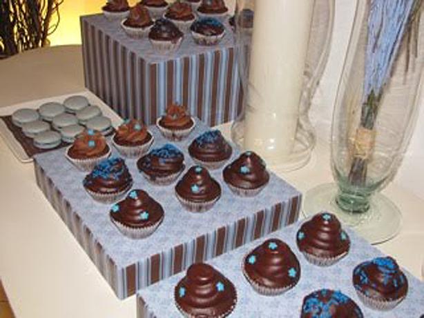 Azuis sobre Chocolate | Confeitaria da Luana