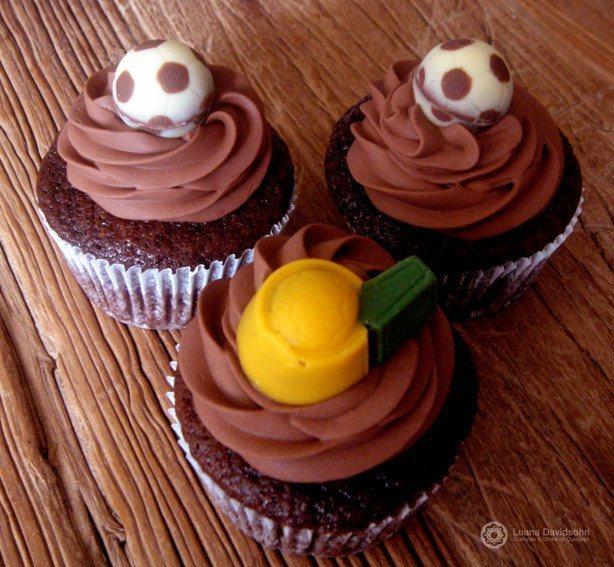 Cupcake de Chocolate Copa 2010 | Confeitaria da Luana