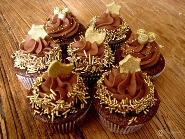 Cupcake de Chocolate para Natal | Confeitaria da Luana