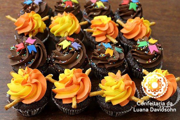 Cupcake Festa Junina | Confeitaria da Luana