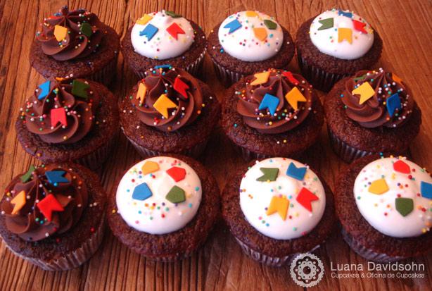 Cupcake junino | Confeitaria da Luana