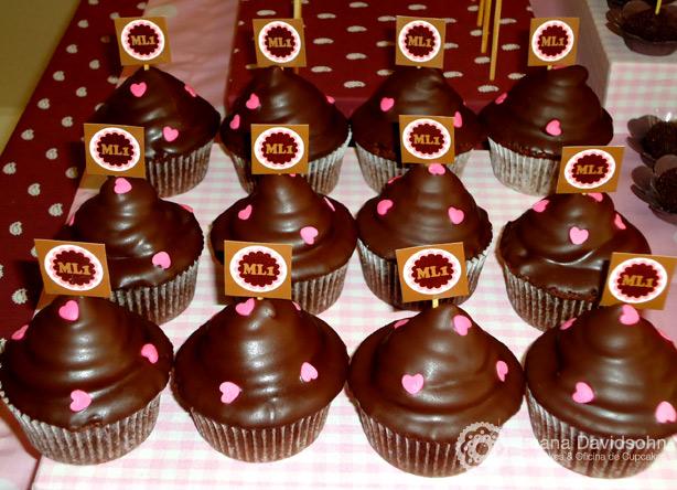 Cupcake rosa e marrom | Confeitaria da Luana