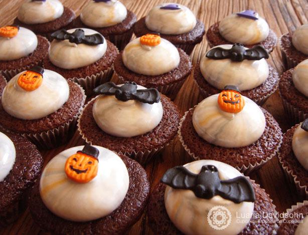 Cupcakes de Halloween Tie Dye | Confeitaria da Luana