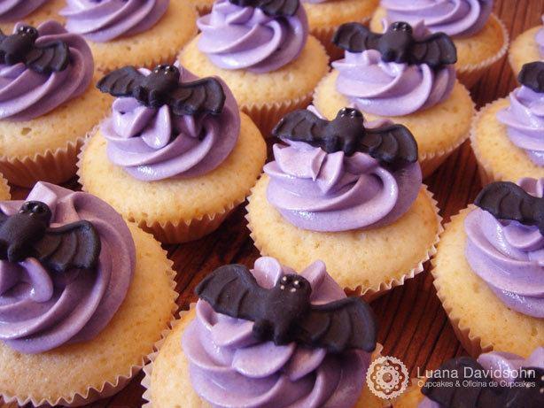 Cupcake de Morcego Assustador | Confeitaria da Luana
