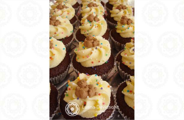 Cupcake para Chá de Bebê Ursinho Marrom | Confeitaria da Luana