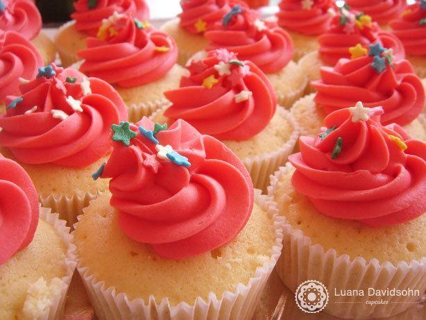Cupcake Limão cor-de-rosa | Confeitaria da Luana