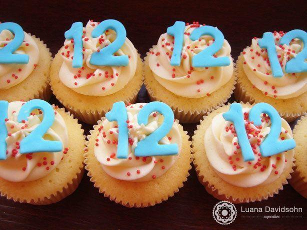 Cupcake 12 anos | Confeitaria da Luana