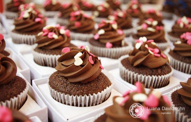 Cupcake Delicado 1 ano | Confeitaria da Luana