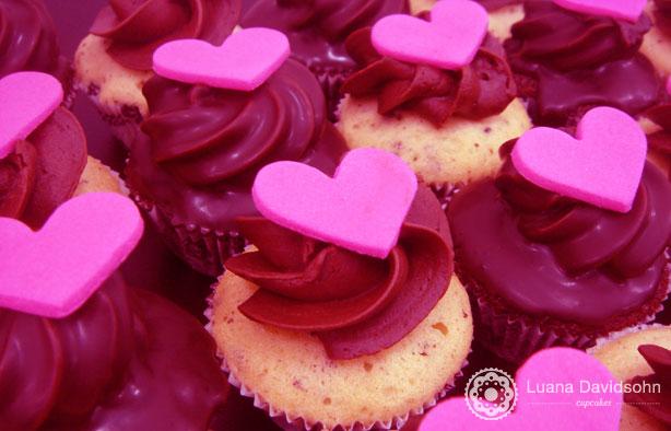Love, love, love | Confeitaria da Luana