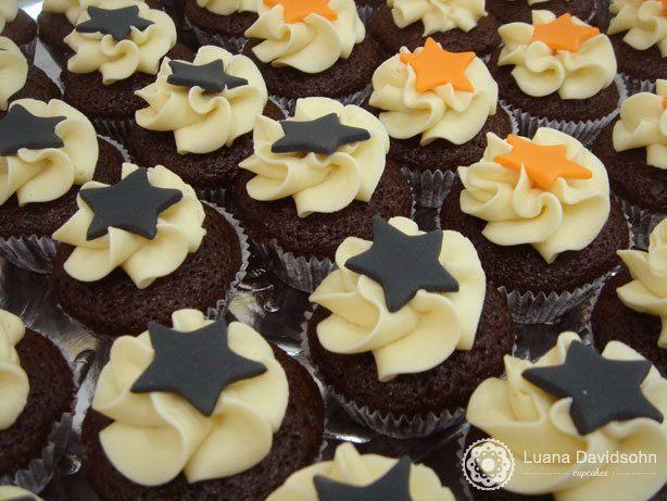 Cupcake de Halloween Com Estrelas | Confeitaria da Luana