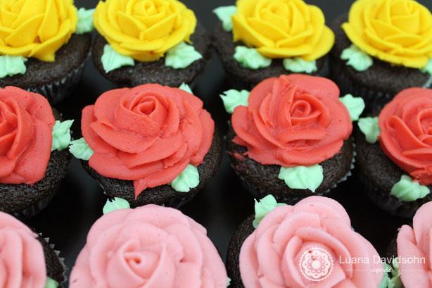 Presenteie com Rosas | Confeitaria da Luana