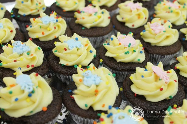Cupcakes Maternidade Gêmeos | Confeitaria da Luana
