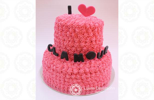 Nosso bolo na Revista Glamour | Confeitaria da Luana