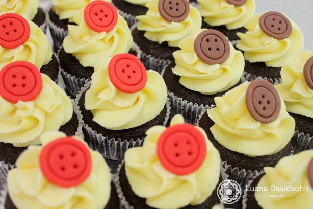 Cupcake com Botões | Confeitaria da Luana
