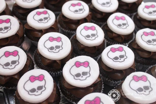 Cupcakes Monster High | Confeitaria da Luana
