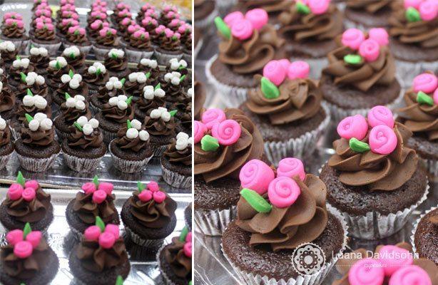 Cupcake Debutante Flores | Confeitaria da Luana