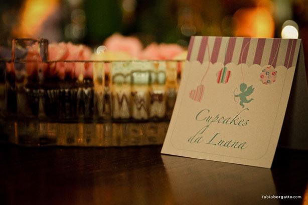 Cupcake estilo Jardim Secreto   Confeitaria da Luana