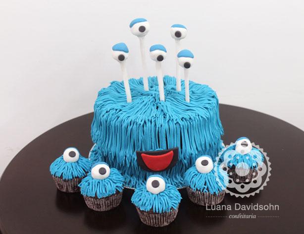 Bolo Decorado: Monstro Azul   Confeitaria da Luana