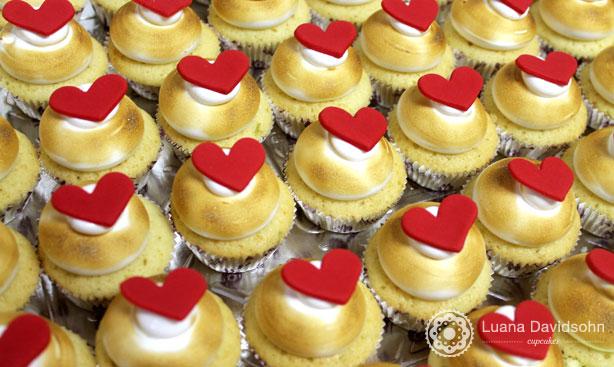 Corações vermelhos para mulheres | Confeitaria da Luana