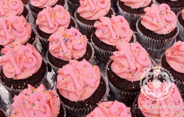 Cupcake festa 13 anos