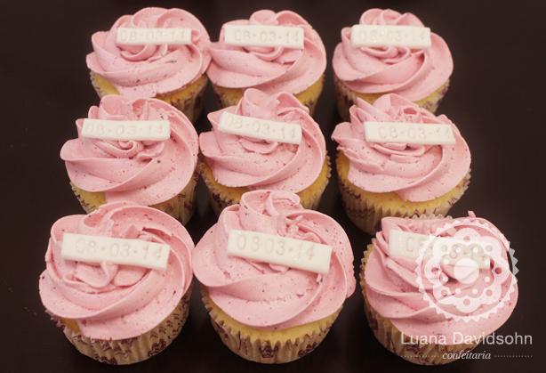 Cupcake Save The Date | Confeitaria da Luana