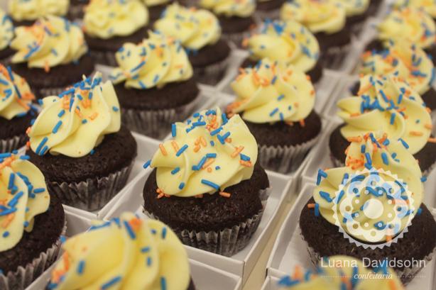 Cupcakes para a Sempre Livre | Confeitaria da Luana