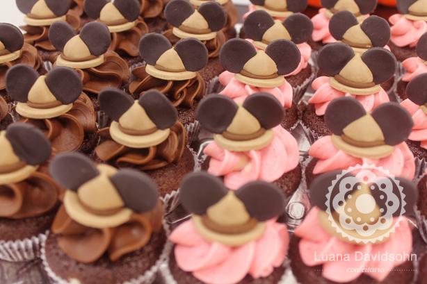 Cupcakes Mickey Safari | Confeitaria da Luana