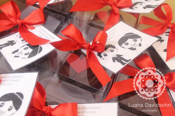 Cupcake Lembrancinha de Casamento | Confeitaria da Luana