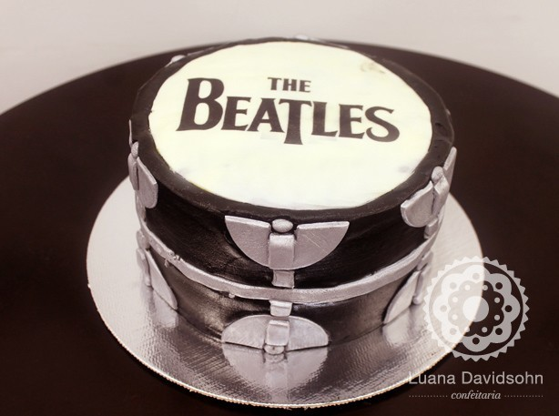 Bolo The Beatles | Confeitaria da Luana