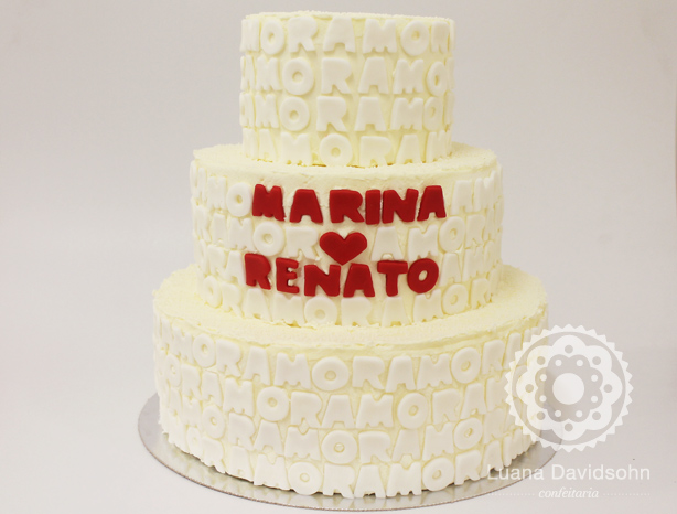 Bolo para Casamento com Letras | Confeitaria da Luana
