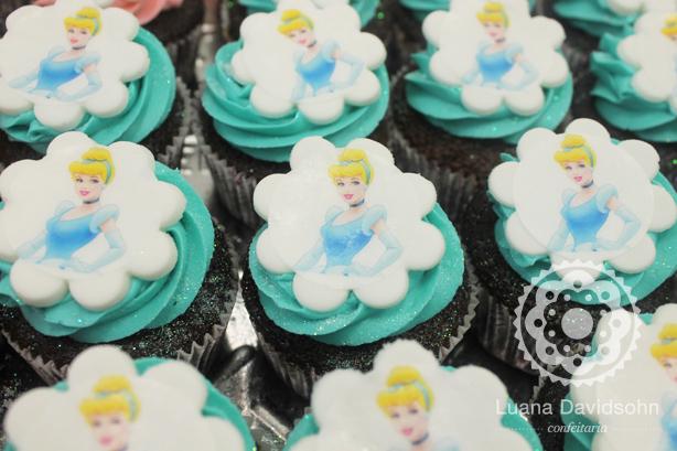 Cupcakes de Princesas | Confeitaria da Luana