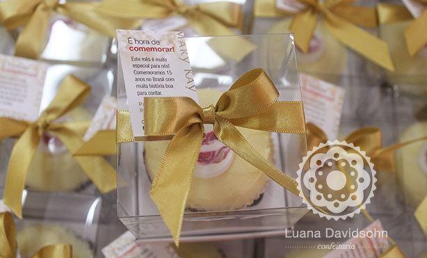 Cupcake para Funcionários Mary Kay | Confeitaria da Luana