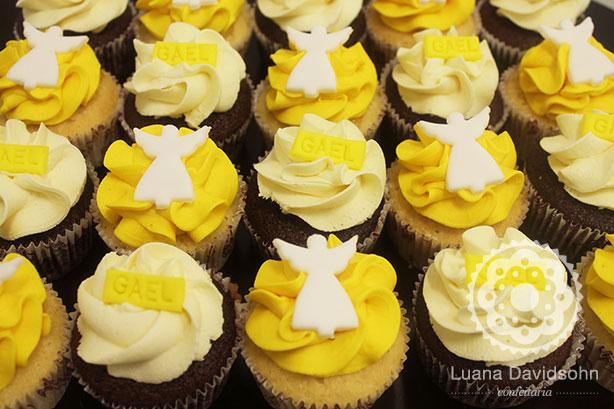 Batizado Amarelo e Branco | Confeitaria da Luana