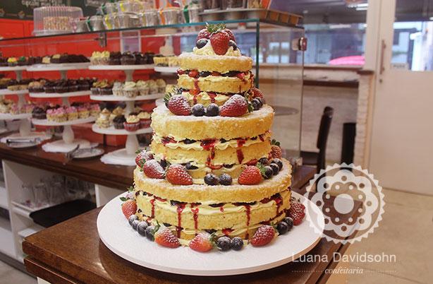 Bolo Naked Cake 3 andares | Confeitaria da Luana