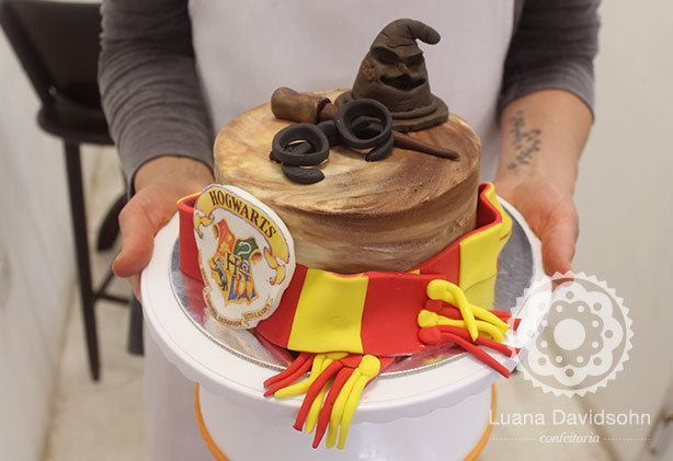 Bolo Harry Potter | Confeitaria da Luana