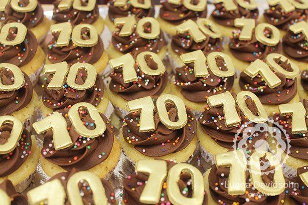 Cupcakes 70 anos