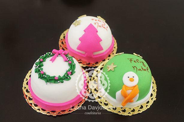 Mini bolos de Natal | Confeitaria da Luana