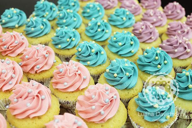 Cupcakes Pérolas e Candy Color | Confeitaria da Luana