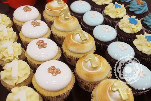 Cupcake Aniversário 1 ano