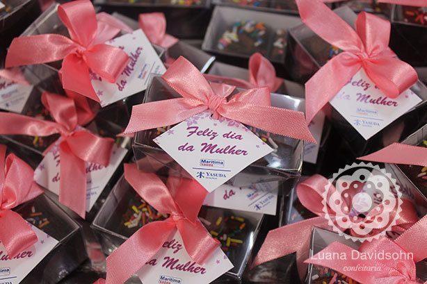 Mini Brownies Yasuda Seguros | Confeitaria da Luana