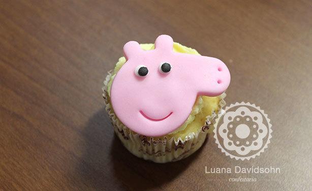 Cupcake da Peppa Pig | Confeitaria da Luana