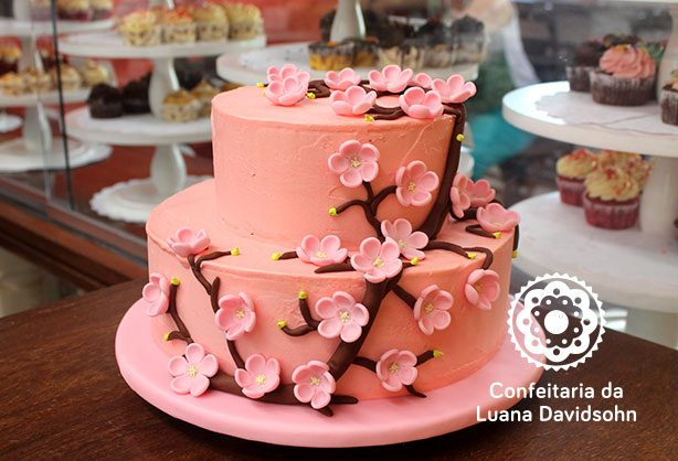 Cupcakes Flor de Cerejeira | Confeitaria da Luana