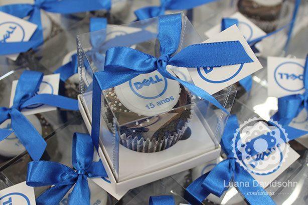 Cupcakes presente jornalistas Dell | Confeitaria da Luana