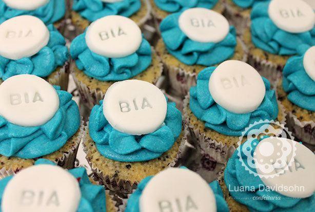 Cupcakes Coloridos da Bia | Confeitaria da Luana