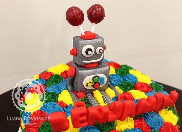 Bolo de Robô todo Colorido | Confeitaria da Luana