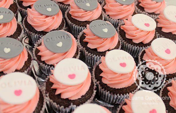Cupcake para Chá de Bebê da Olivia | Confeitaria da Luana
