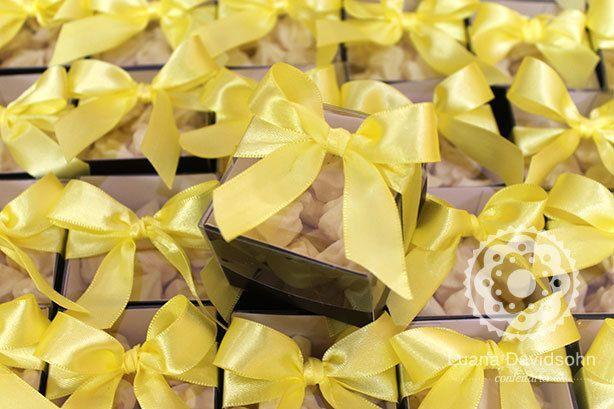 Suspiros Amarelos Mídia Kit   Confeitaria da Luana