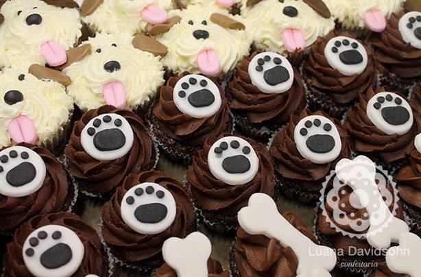 Cupcakes Cachorro Ossos | Confeitaria da Luana