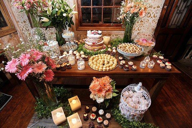 Cupcakes para Casamento Candy Color | Confeitaria da Luana