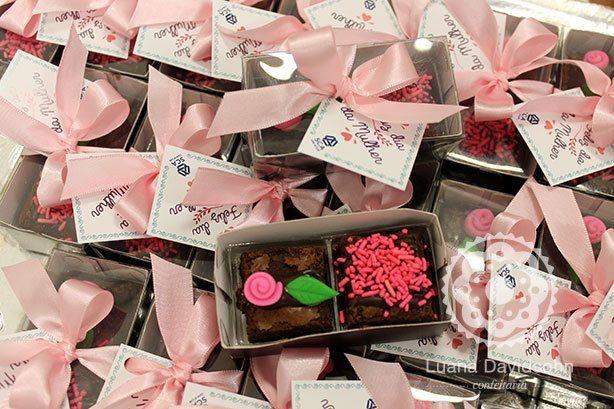 Brownies Dia da Mulher Delicados | Confeitaria da Luana